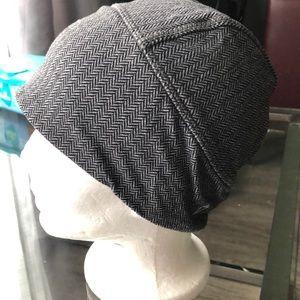 Ivivva hat